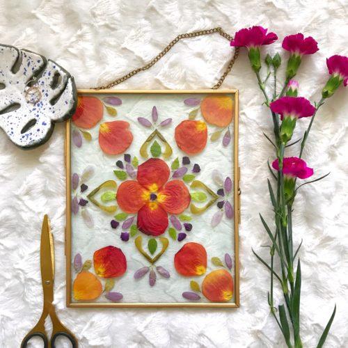 Pressed flowers mandala wall art DIY tutorial gold floating glass frame