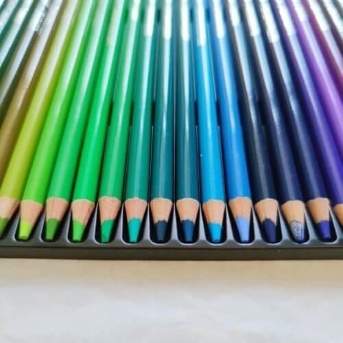 Arteza Expert Colored Pencils Professional Tips Colors Close Up